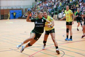 Die Bundesliga ist in Nellingen angekommen: Desire Kolasinac setzt sich im Spiel gegen Buxtehude sehenswert durch.